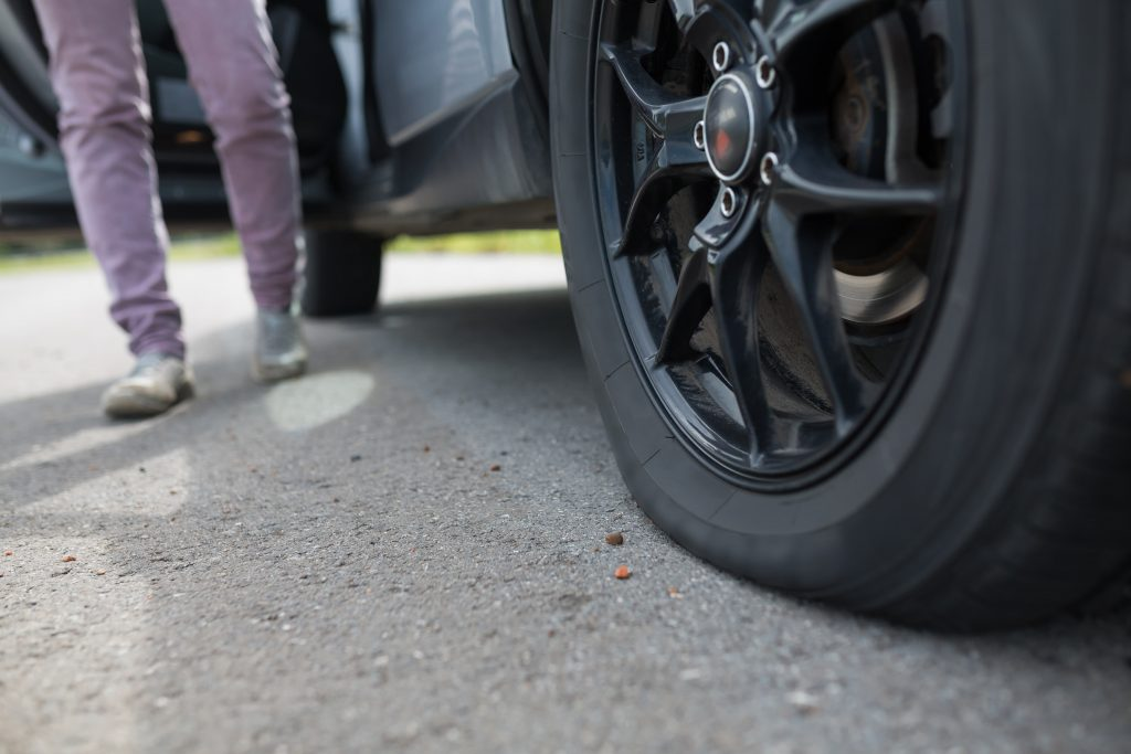 Navigating A Flat Tire via Your Car Manual (12 Simple Steps) 6