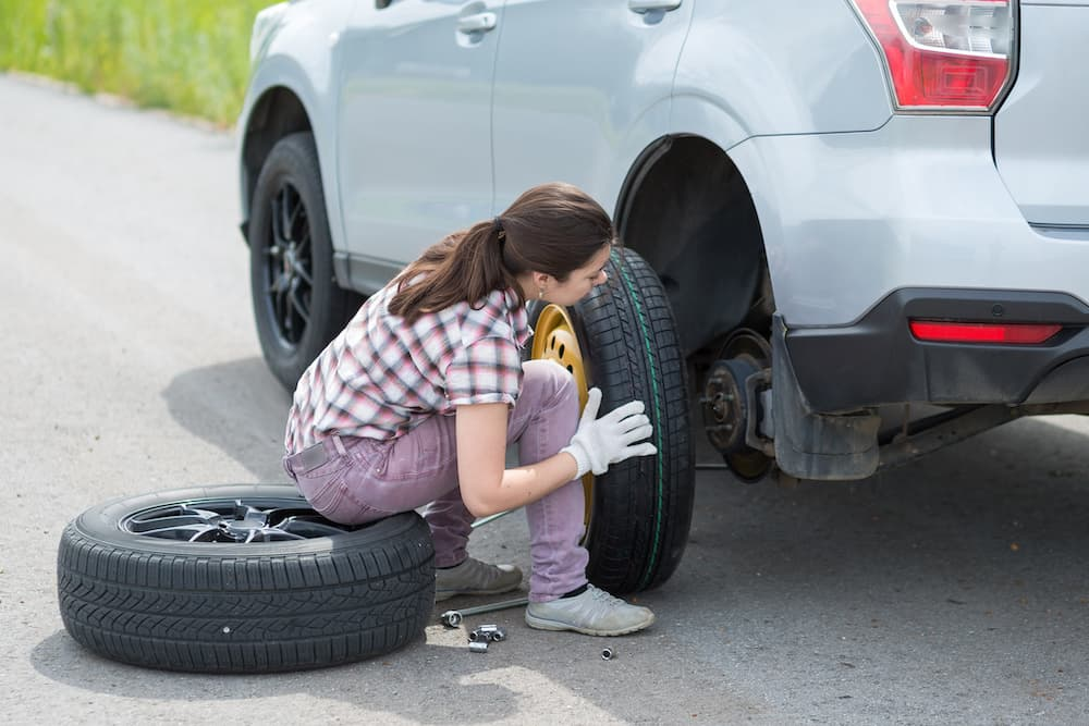 Navigating A Flat Tire via Your Car Manual (12 Simple Steps) 14
