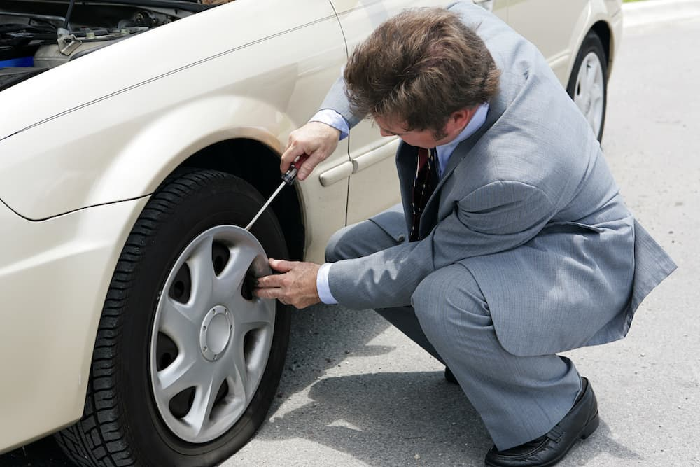 Navigating A Flat Tire via Your Car Manual (12 Simple Steps) 18
